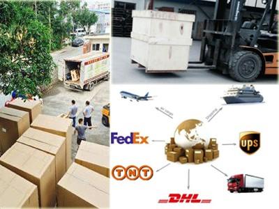 High compressed wood pallet feet block press machine for wood sawdust / wood pallet making machine