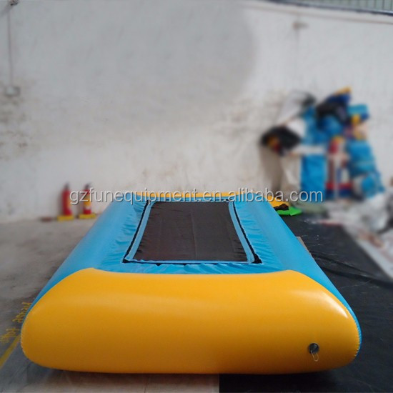 0_9mm_pvc_tarpaulin_inflatable_water_trampoline_in_blue_with_strong_style_color_b82220_ladder_strong_customized.jpg