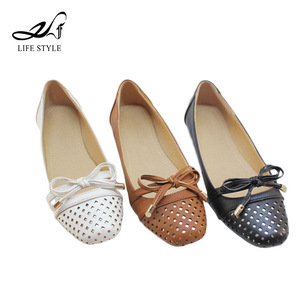 China Flat Footwear Ballet Pointe Wholesale Fashion Women Slip On Italian Casual Shoes