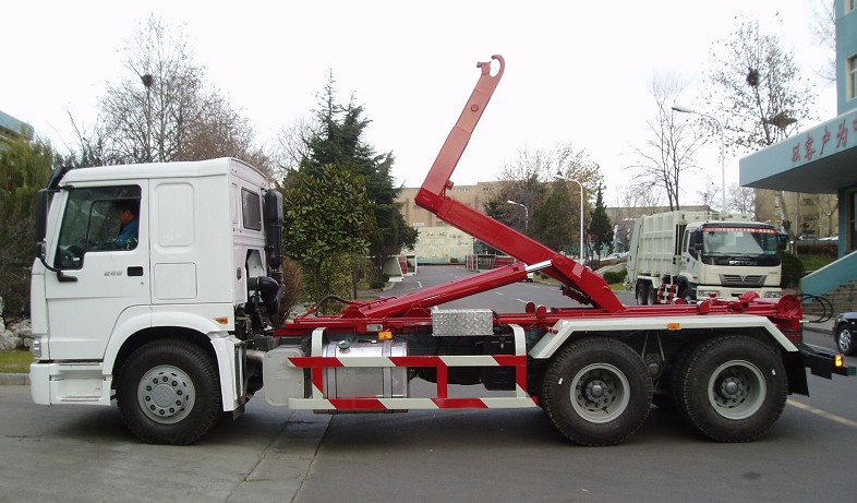 Sinotruk Howo Detachable Container For Sale Hook Lift
