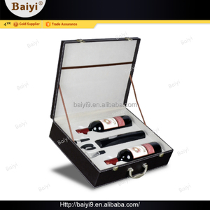 High-Grade Leather Carrier Wine Box Gift Set with Battery Powered Bottle Opener