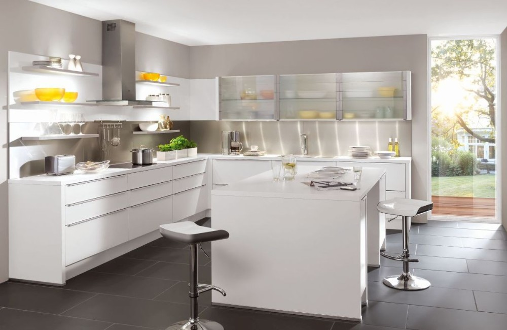2017 Customized Factory MDF Modern Style Kitchen Cabinet Designs