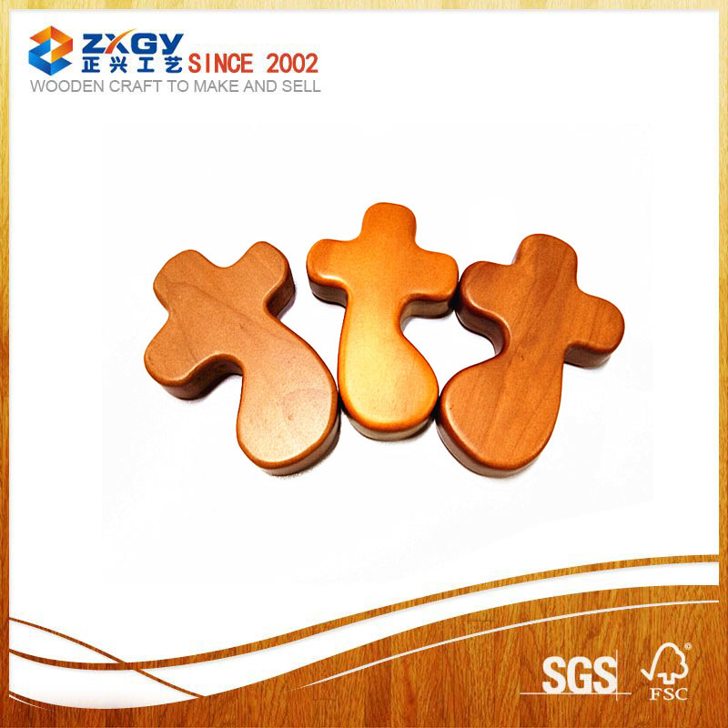 Particular Paint Easter Decorative Religious Engraving Wooden Crosses