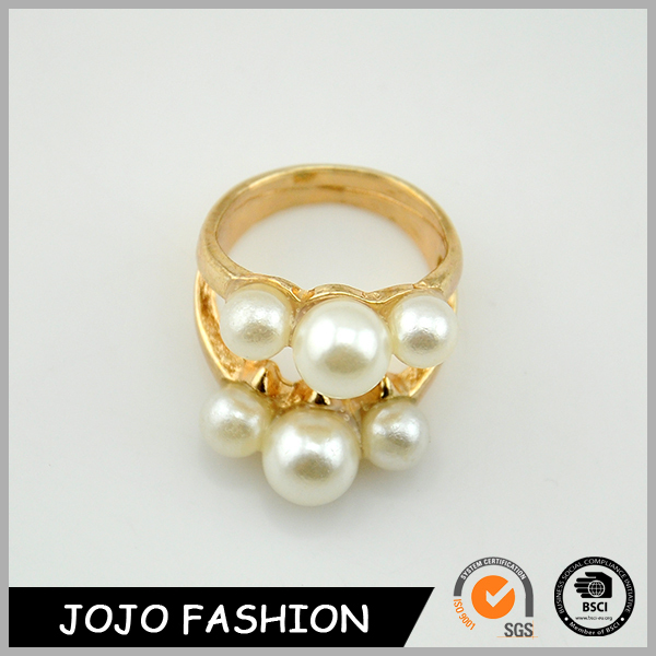 Costume Jewelry 2015 New Design Imitation Pearl Ladies Gold Finger Ring