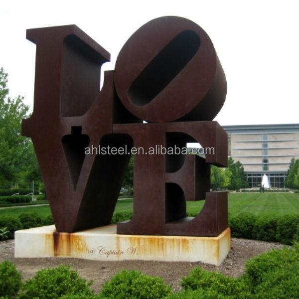 jardn de esculturas acero corten
