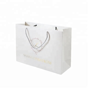 Wholesale High Grade Jewelry Gift Gold Hot Stamping Logo White Handle Paper Bag For Shopping