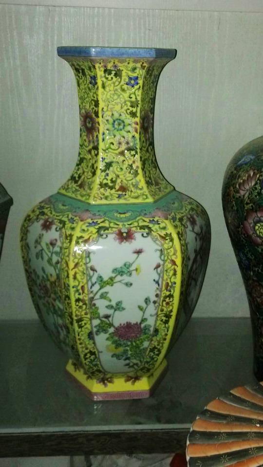 Top Antique Replicaheavy Famille Rose Porcelain Vase With Qianlong