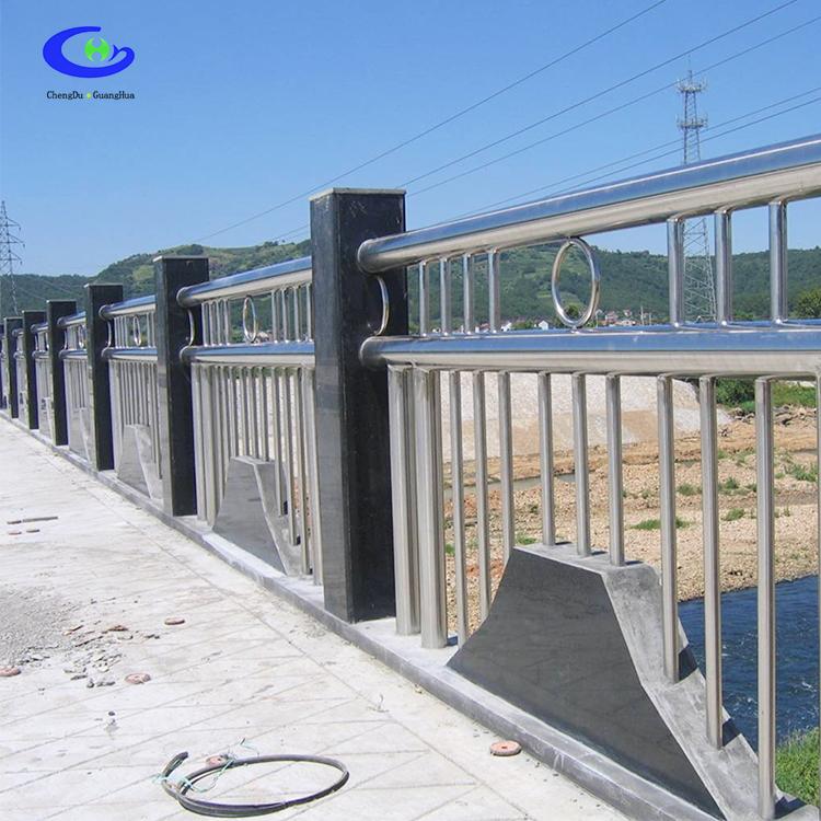 热镀锌钢护栏桥金属护栏