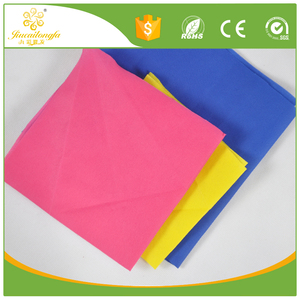Disposable 1M X 1M white or colorful non woven table cloth factory/waterproof breathable polypropylene sheet