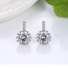 Wanita Jewels S <span class=keywords><strong>925</strong></span> Sterling Silver Putaran Berbentuk Cubic Zirconia Stud Earrings