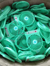 Factory price USD 1.8 per pc mini usb fan for phone