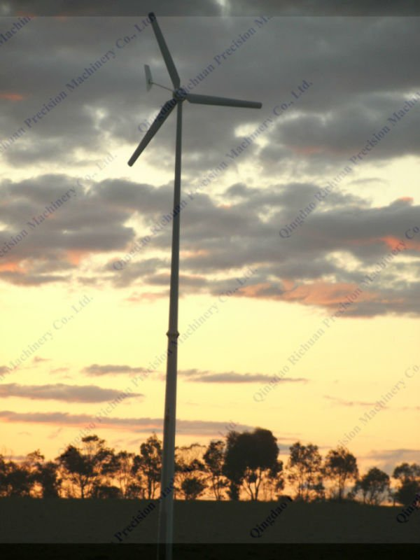 5kw windturbine in yard