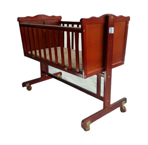 Water-based paint solid wood adult baby crib with wheels