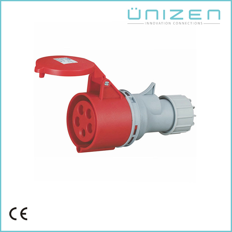 IP 44 Waterproof 16 amps industrial socket with cover