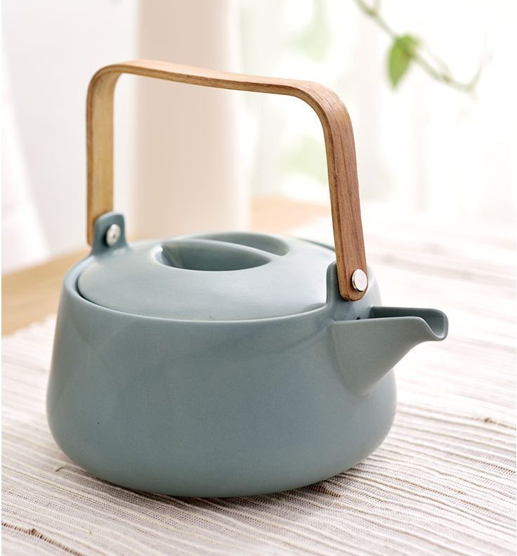 High grade matte effect ceramic tea pot with wooden handle for gift