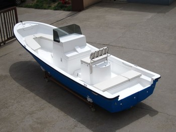 bateau 4m