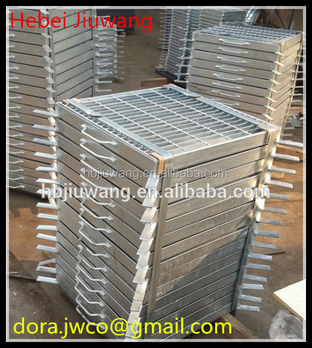 Hot Dip Galvanized Rainwater Gutters Professional Supplier