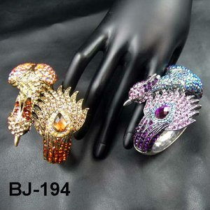 Antique Peacock Bangles 2013 Girls Latest Animal Bangle Alloy Jewelry