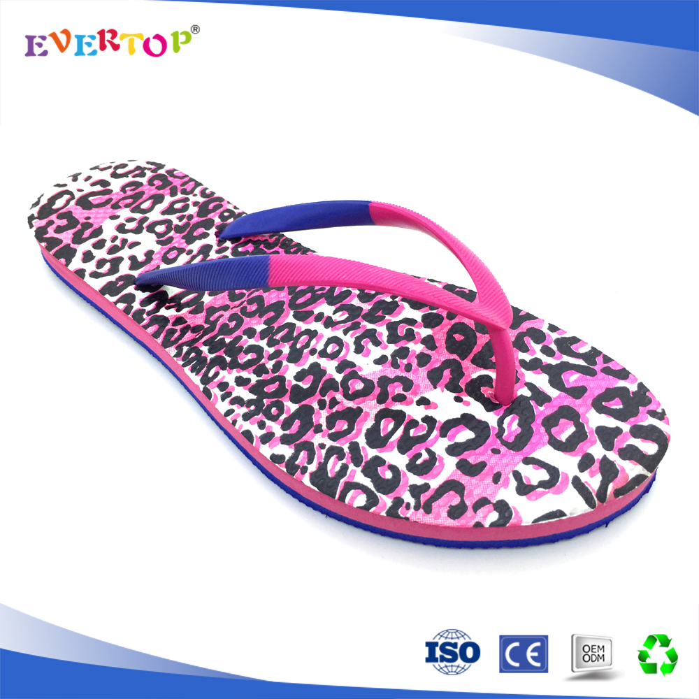 Fashionable two color sole lip print design top basic brazil open toe hotel slippers house slippers wholesale