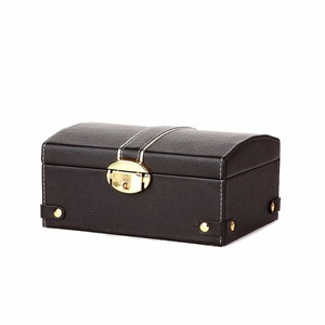 Fancy fashion pearl leather jewelry box with lock
