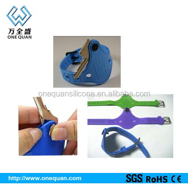 Fancy Silicone Bracelet Key Holders Cool Holder