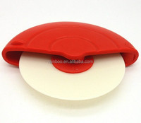 Promotional plastic cheap logo printed pizza wheel cutter without handle