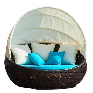 Patio garden leisure sun and sand high quality pe rattan/wicker round daybed outdoor sofa bed