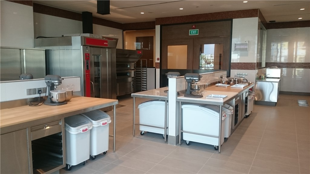 Professional Commercial Bakery Baking Equipment For Hotel