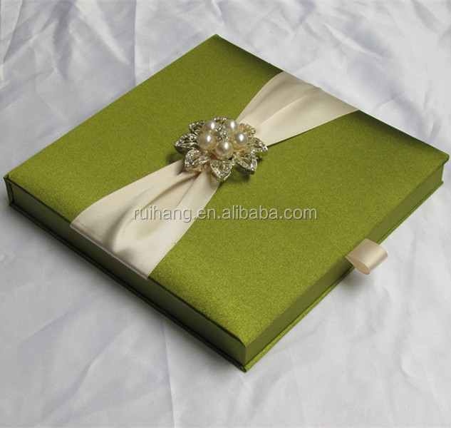 Green Luxury Gatefold Silk Box Wedding Invitations Wholesale With Lovely Bow