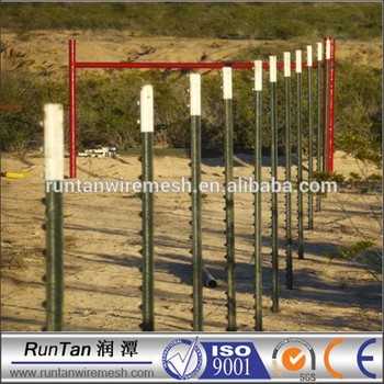 51cd6594e47 ISO9001 10  3.05m green and top white paint t bar fence post with plate