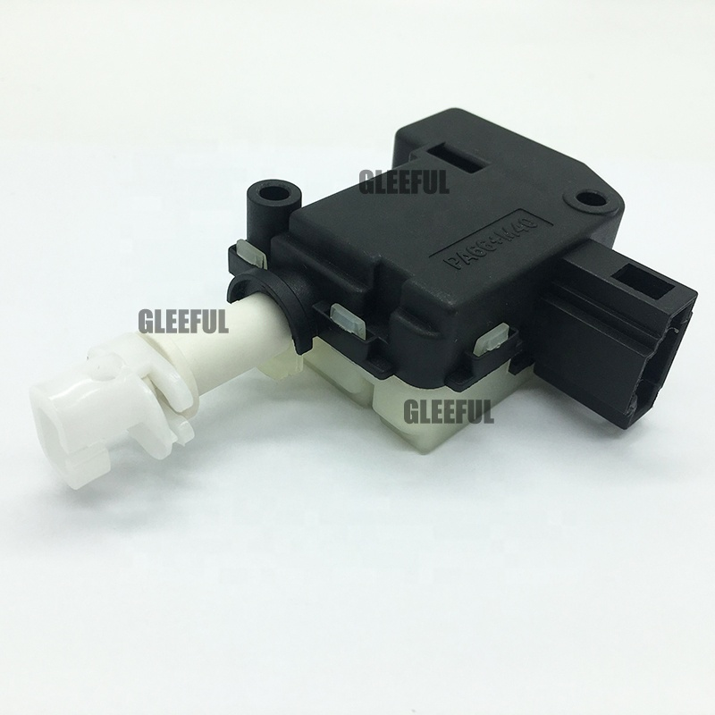 Skoda Fabia I Octavia II REAR TAILGATE LOCK ACTUATOR CENTRAL LOCKING LATCH /</</</<