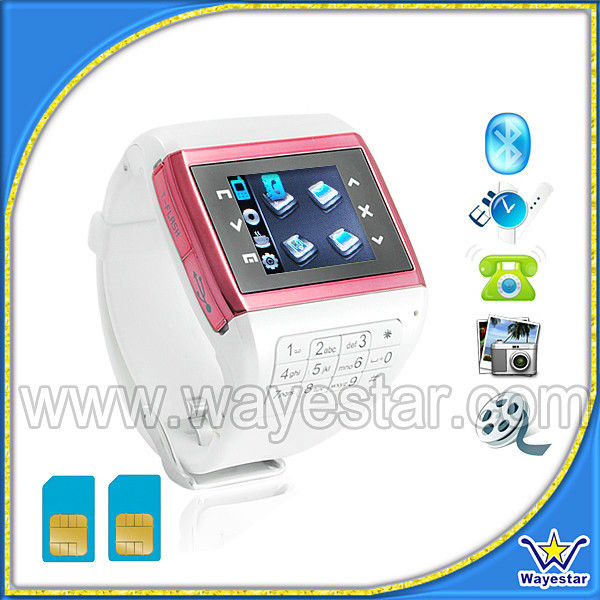 1.3'' touch display Dual Sim 2G Memory smart watch and phone 2014
