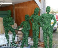 Customized Topiary Wire Frame Artificial Grass People - Buy ...