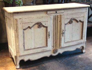 Blanco antiguo pintado buffet franc s otros muebles for Como pintar muebles antiguos