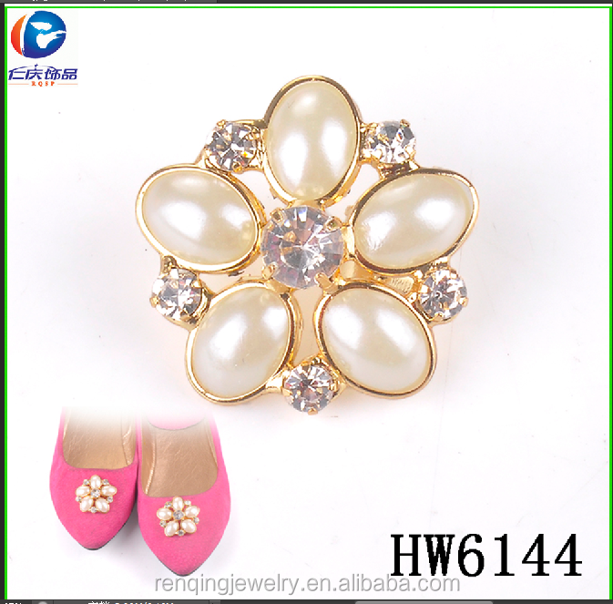 Hw6144 renqing jewelry resin with rhinestone flower shoe buckle
