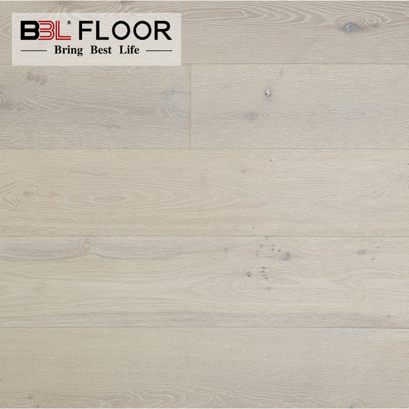 Brushed Three Layers Engineered Wood Flooring Oak With Smoked White Washed Color And Natural Oiled
