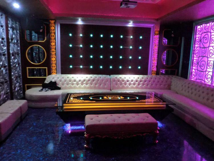 Hot Night Club Furniture View