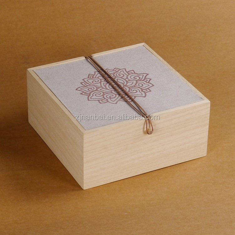 Customized solid wood mooncake packaging box
