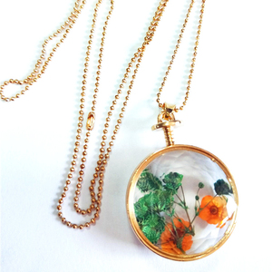 Jewelry manufacturers wholesale special perfume bottle dried flower necklace pendant