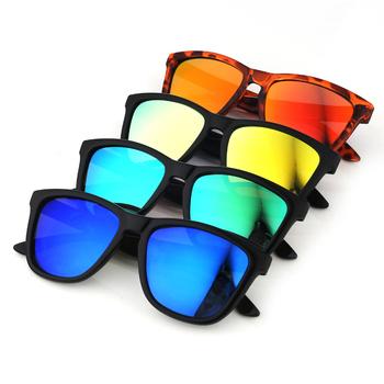 645d5df4f820b Fábrica por atacado em linha réplica designer de óculos de sol itália  designer polarized espelho vermelho