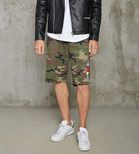 Alibaba China Lieferant Baumwolle Robustem Canvas Herren Flagge Camo Druck Chino <span class=keywords><strong>Shorts</strong></span>