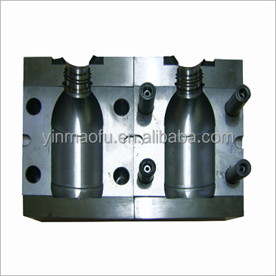 China Top Kwaliteit PP/PET/PE Blow Preforms Fles mold Plastic Fles Injectie Mould