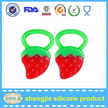 2017 Baby product wholesale soft silicone cut toy for kids