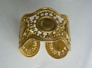 Cuff Golden Colombian Bracelet