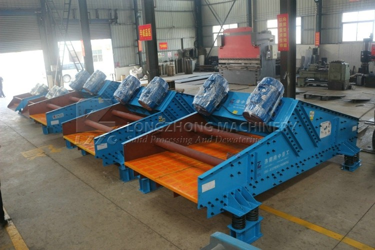 China low prices sand dewatering screen in sand mining plant