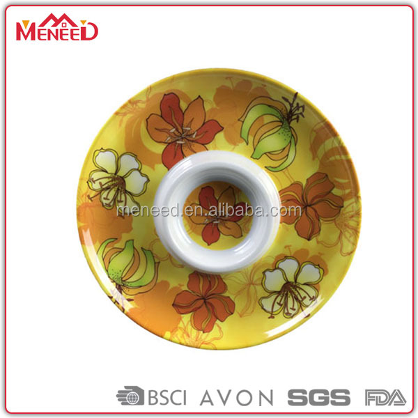 "Dinner used melamine chip dishes, 13"" coloured snack plate"