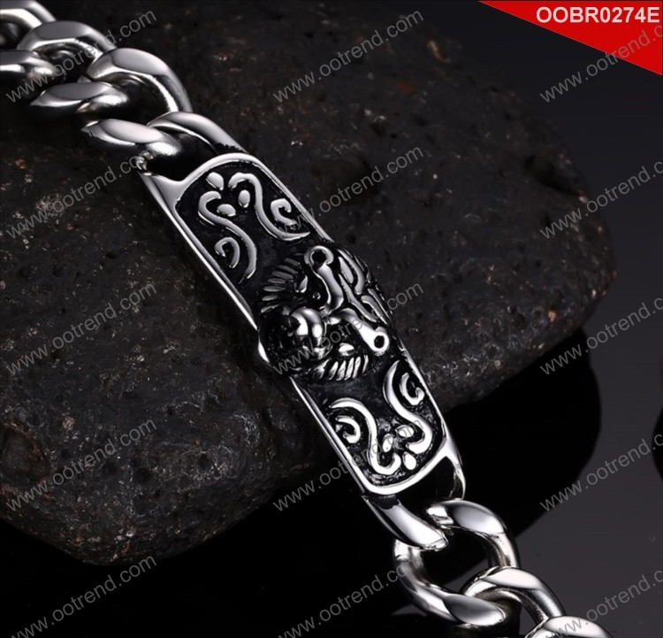 Lion Design good quality stainless steel survival bracelet