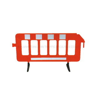 DINGTIAN Portable Road Pedestrian Plastic Traffic Temporary Crowd Control Barrier