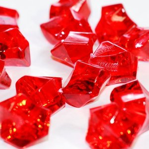 wholesale colored acrylic ice stone, ruby red