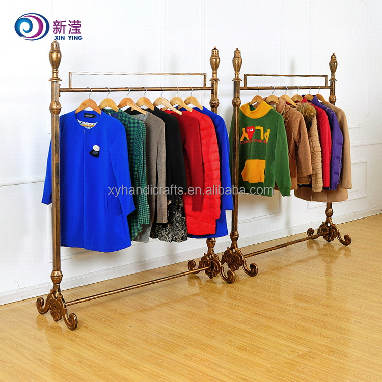China Gold Supplier Cheap Vertical Wrought Iron Clothes Hanger Rack